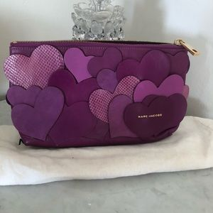 Marc Jacobs hearts 💕 clutch purse absolutely 💝